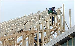 Talon rakentaminen pitkästä tavarasta